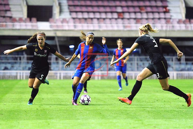 UEFA Women's Champions League 2016/2017.<br /> Round of 16 - First Leg<br /> FC Barcelona vs Twente: 1-0.<br /> Worm, Andressa Alves &amp; Waldus.