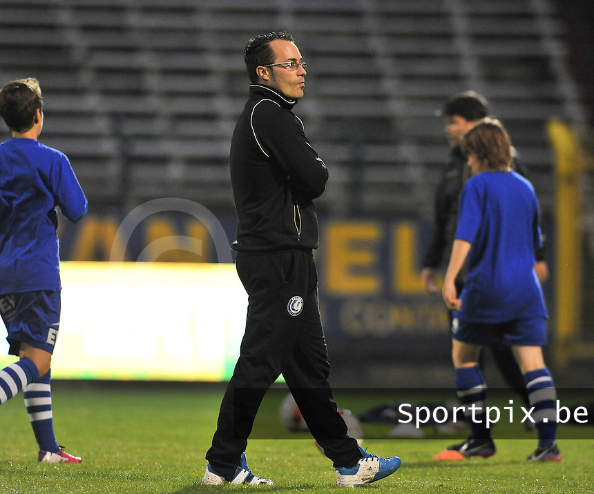 20130913 - ANTWERPEN , BELGIUM : Gent coach Jimmy Segers pictured during the female soccer match between Royal Antwerp FC Vrouwen / Ladies and K AA Gent Ladies at the BOSUIL STADIUM , of the fourth matchday in the BENELEAGUE competition. Friday 13 September 2013. PHOTO DAVID CATRY