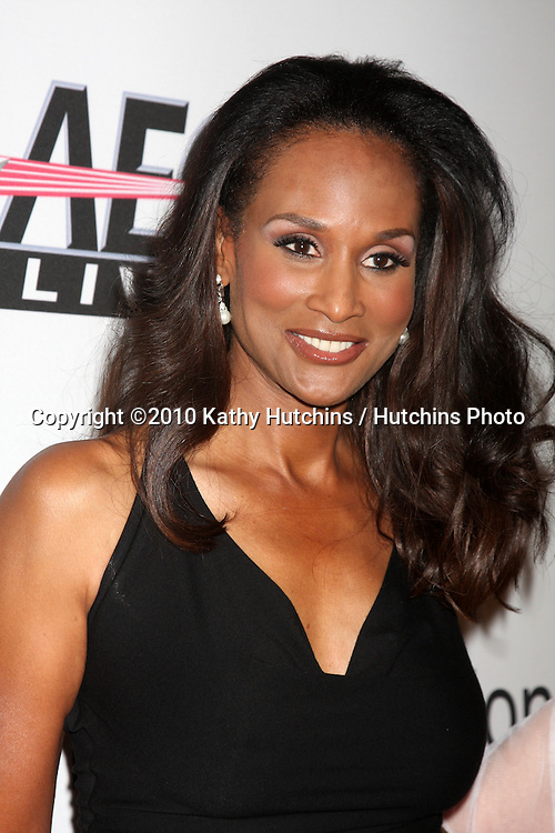 Beverly Johnson.arriving at the Clive Davis Pre-Grammy Party .Beverly Hilton Hotel.Beverly Hills, CA.January 30, 2010.©2010 Kathy Hutchins / Hutchins Photo....