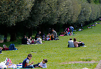 Dopo 25 anni il parco della Reggia di Caserta riapre al pubblico in occasione della Pasquetta