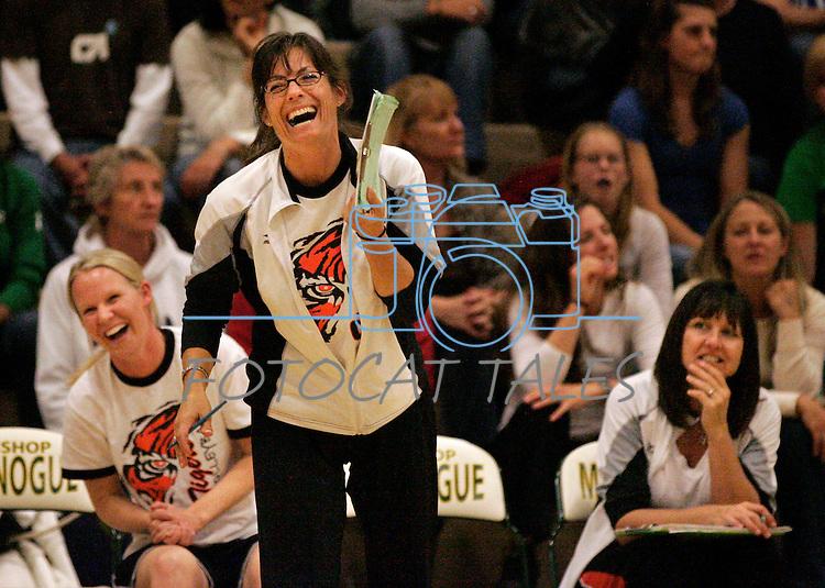 championship match against Bishop Gorman at Manogue in Reno on Saturday, Nov. 13, 2010..Photo by Cathleen Allison
