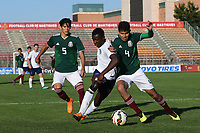 Edward Nketiah of Arsenal and England U21's tries to get past Carlos Alonso Vargas Tenorio of Mexico during Mexico Under-21 vs England Under-21, Tournoi Maurice Revello Final Football at Stade Francis Turcan on 9th June 2018