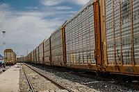 Antigua maquina en exhibici&oacute;n en Ferromex.<br /> Tren o ferrocarriles mexicanos. Ahora conicido como Ferromex. Estacion de tren FERROMEX en Hermosillo<br /> (Photo: /Luis Gutierrez)..<br /> ..<br /> <br /> pclaves: vias, ferrocarril, transporte traen, maquina, vagones, vagones de tren, acero
