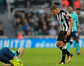 4th November 2017, St James Park, Newcastle upon Tyne, England; EPL Premier League football, Newcastle United Bournemouth; Dwight Gayle of Newcastle United shouts at Harry Arter of AFC Bournemouth