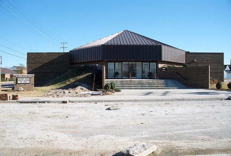 1990 December ..Redevelopment.Huntersville 1&2 (R-70)..MT CARMEL BAPTIST CHURCH...NEG#.NRHA#..