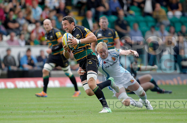 Phil Dowson  of Northampton Saints in full flight - Rugby Union - Aviva Premiership - Northampton Saints vs Exeter Chiefs - Franklins Gardens Northampton -  Season 2013-2014 - September 7th 2013 - Photograph Malcolm Couzens/Sportimage