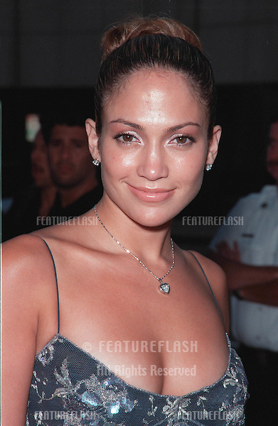 "27JUL99: Actress JENNIFER LOPEZ at the world premiere of ""The Thomas Crown Affair"" which stars Pierce Brosnan & Rene Russo..© Paul Smith/ Featureflash"