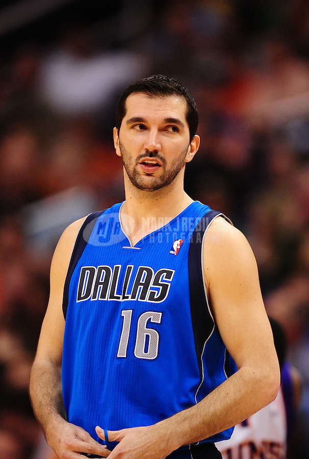 Mar. 27, 2011; Phoenix, AZ, USA; Dallas Mavericks forward (16) Peja Stojakovic against the Phoenix Suns at the US Airways Center. The Maverick defeated the Suns 91-83. Mandatory Credit: Mark J. Rebilas-