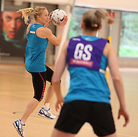17.09.2013 Silver Ferns Laura Langman in action during the Silver Ferns training in Auckland. Mandatory Photo Credit ©Michael Bradley.