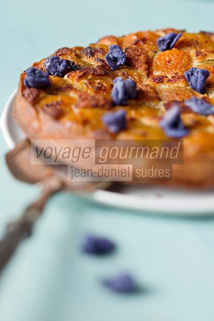 Tarte à l'abricot et Violette de Toulouse, Violette cristalisée - recette de Christian Constant