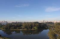 SÃO PAULO, SP, 27/05/2012, CLIMA TEMPO.<br /> <br />  O sol apareceu forte na manhã desse Domingo (27) na capital paulista.<br />  Na foto o Pq do Ibirapuera, foto aerea feita apartir de Drone.<br /> <br />  Luiz Guarnieri/ Brazil Photo Press