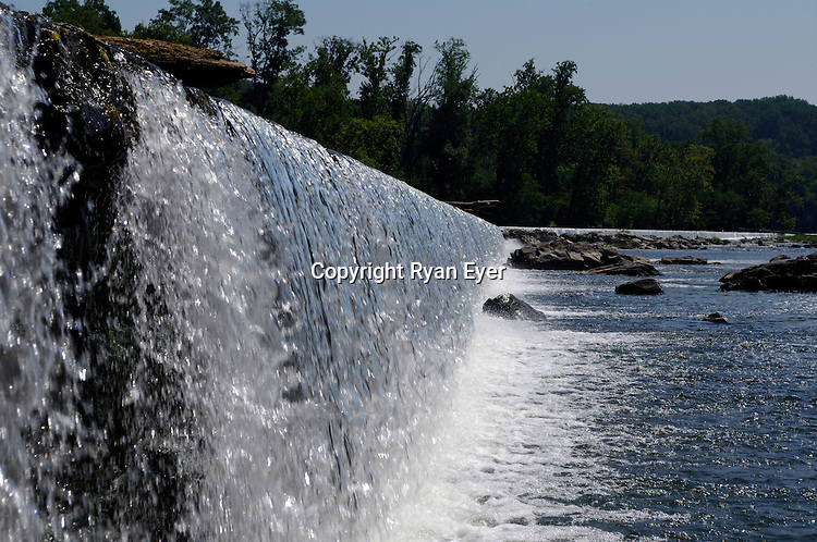 POTOMAC RIVER, VA - 30 August 2010 - An aquaduct dam on the Potomac River north of the Great Falls National Park in the state of Virginia, not far from Washington DC. Picture: Ryan Eyer/APP/Allied PIcture Press