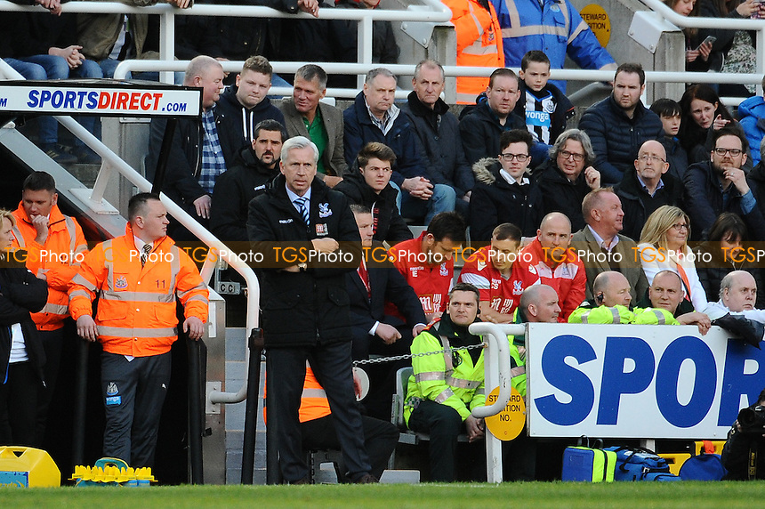 A dejected Crystal Palace manager Alan Pardew during Newcastle United vs Crystal Palace, Barclays Premier League Football at St. James' Park on 30th April 2016