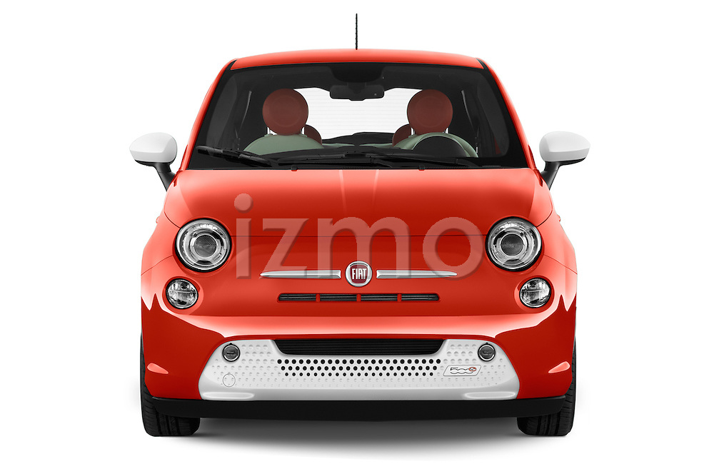Car photography straight front view of a 2014 Fiat 500e Hatchback 3 Door Hatchback Front View