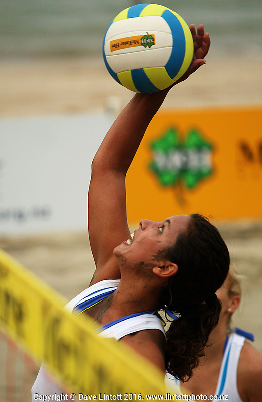 Auckland's Malu MacDowell plays the ball at the net. 2009 McEntee Hire NZ Beach Volleyball Tour at Oriental Parade, Wellington. Photo: Dave Lintott / lintottphoto.co.nz