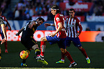 Atletico de Madrid´s Filipe Luis and Sevilla´s Krychowiak during 2015-16 La Liga match at Vicente Calderon stadium in Madrid, Spain. January 24, 2016. (ALTERPHOTOS/Victor Blanco)