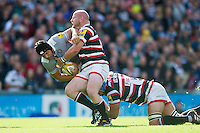 Charlie Ewels of Bath Rugby takes on the Leicester Tigers defence. Aviva Premiership match, between Leicester Tigers and Bath Rugby on September 25, 2016 at Welford Road in Leicester, England. Photo by: Patrick Khachfe / Onside Images