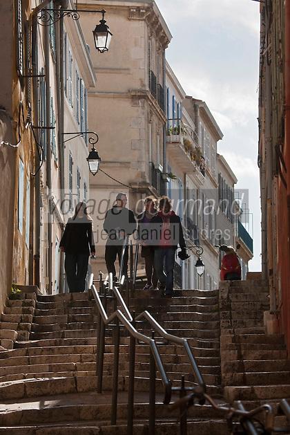 Europe/France/Provence-Alpes-Côte d'Azur/13/Bouches-du-Rhone/Marseille: Escalier d'une ruelle dans le Quartier du Panier