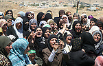 Relatives of Abdel Majid Dudin mourn during his funeral near the West Bank city of Hebron May 29, 2009. Israeli troops shot dead the fugitive leader of Hamas's military wing in the occupied West Bank on Thursday, Palestinian and Israeli officials said. Dudin, 45, was jailed by Palestinians after Israel accused him of planning two suicide bombings on buses in 1995, the army spokesman said.  APAimages Photo / Najeh Hashlamoun