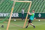 11.05.2018, Weserstadion, Bremen, GER, 1.FBL, Training SV Werder Bremen<br /> <br /> im Bild<br /> Johannes Eggestein (Werder Bremen #24), <br /> <br /> Foto &copy; nordphoto / Ewert