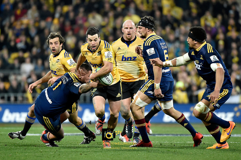 James Marshall in action during the Super Rugby Final - Hurricanes v Highlanders at Westpac Stadium, Wellington, New Zealand on Saturday 4 July 2015.<br /> Photo by Masanori Udagawa. <br /> www.photowellington.photoshelter.com.