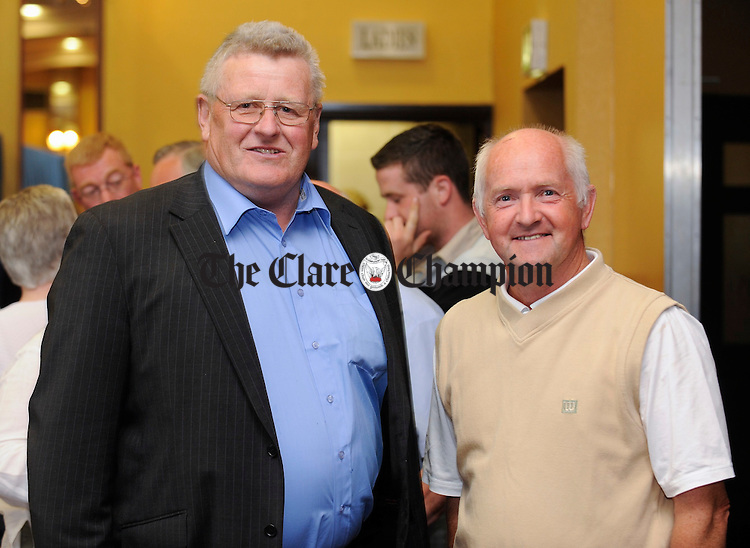 Dick Pilkington, Fine Gael Director of Elections for Clare and his Fianna Fail counterpart Micahel Neylon at the Clare County Council election count in the West County Hotel. Photograph by John Kelly.
