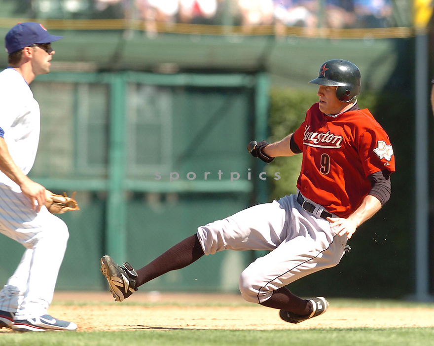 HUNTER PENCE, of the Houston Astros, in action during the Astros game against the Chicago Cubs in Chicago on September 2, 2007.  The Cubs won the game 6-5...........