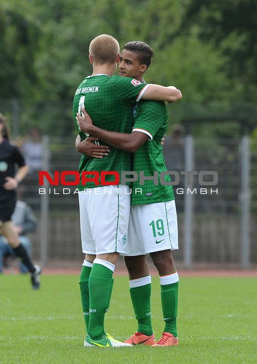 18.08.2013, Platz 11, Bremen, GER, RLN, Werder Bremen II vs SV Eichede, im Bild Jubel bei Werder nach dem Spiel<br /> <br /> Foto &copy; nph / Frisch