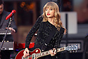 "Singer Taylor Swift performs on ABC's ""Good Morning America"" on Tuesday, Oct. 23, 2012 in New York. (AP Photo/ Donald Traill)"