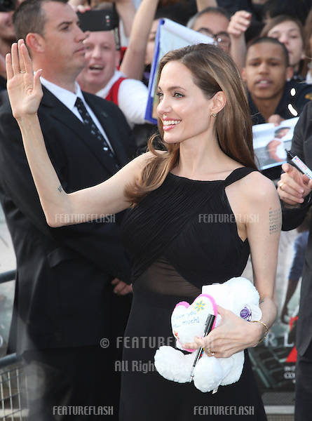 Angelina Jolie arriving for the World War Z World Premiere, at Empire Leicester Square, London. 02/06/2013 Picture by: Alexandra Glen / Featureflash