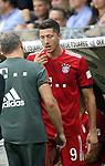 12.08.2018, Commerzbank - Arena, Frankfurt, GER, Supercup, Eintracht Frankfurt vs FC Bayern M&uuml;nchen , <br />DFL REGULATIONS PROHIBIT ANY USE OF PHOTOGRAPHS AS IMAGE SEQUENCES AND/OR QUASI-VIDEO.<br />im Bild<br />Robert Lewandowski (M&uuml;nchen) wird auf der Bank behandelt<br /> <br /> Foto &copy; nordphoto / Bratic