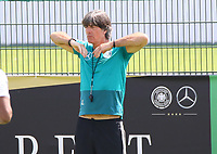Bundestrainer Joachim Loew (Deutschland Germany) - 01.06.2018: Training der Deutschen Nationalmannschaft zur WM-Vorbereitung in der Sportzone Rungg in Eppan/Südtirol
