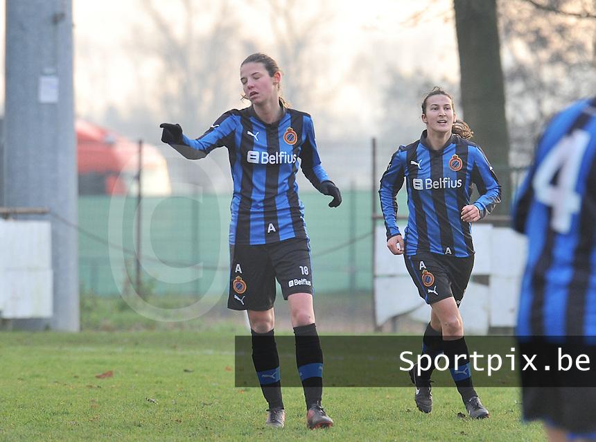 Club Brugge Dames - Eendracht Aalst Dames : Nicky Van Den Abbeele (links) en Evy De Smedt .foto Joke Vuylsteke / Vrouwenteam.be
