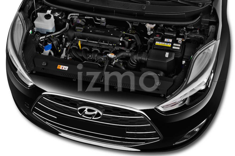 Car Stock 2016 Hyundai ix20 Joy 5 Door Mini MPV Engine  high angle detail view