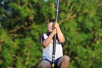 FIERLJEPPEN: GRIJPSKERK: 17-07-2013, 1e Klas wedstrijd, Junioren klasse, Tom Hoekstra, ©foto Martin de Jong