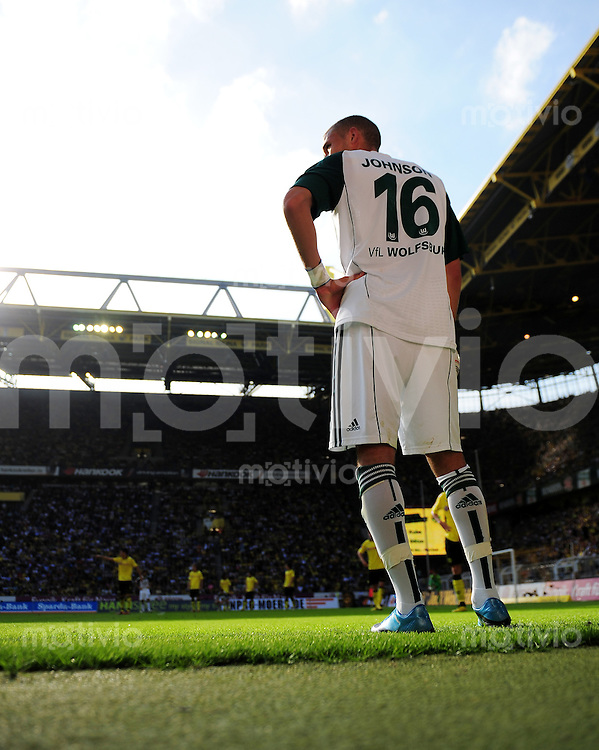 FUSSBALL   1. BUNDESLIGA   SAISON 2010/2011   3. SPIELTAG Borussia Dortmund - VfL Wolfsburg                         11.09.2010 Fabian JOHNSON (VfL Wolfsburg)