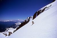 Rob Hahn telemarking Little Tahoma, Mt Rainier, Washington, USA