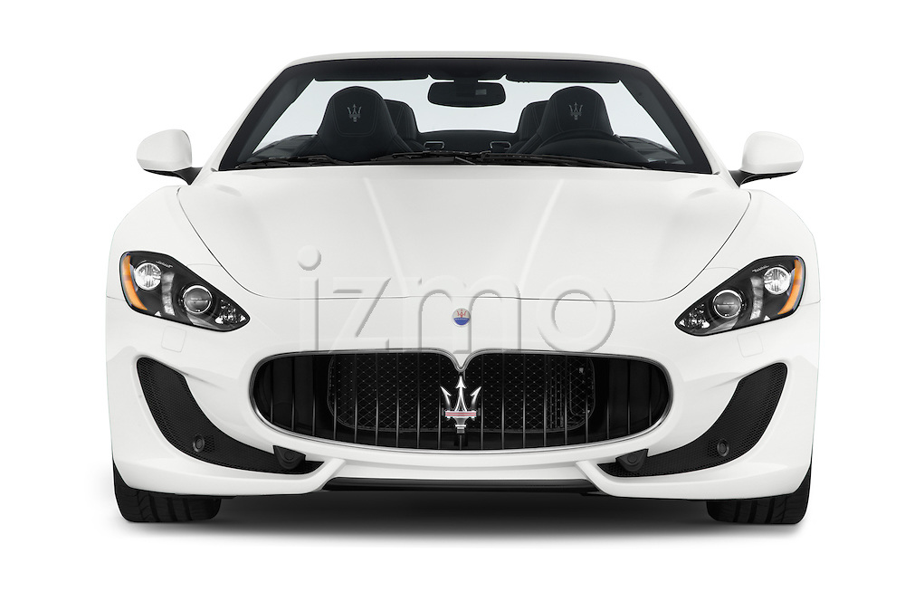 Car photography straight front view of a 2014 Maserati GranTurismo Convertible Sport Door convertible Front View
