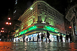 Rua comercial no centro de Sao Paulo. 2012. Foto de Juca Martins.