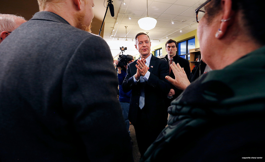 Concord, NH,  Friday, March 6, 2015: Martin O'Malley, facing center, the former Maryland governor who is likely to seek the Democratic nomination for president in 2016, answers voters questions about his presidential aspirations during a meet and greet at Gibson's Bookstore. CREDIT: Cheryl Senter for The Boston Globe