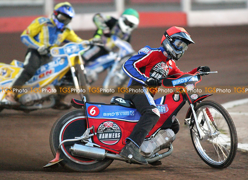 Heat 2 - Lanham (red), Smith (green), Andersson - Lakeside Hammers vs Oxford Cheetahs - Sky Sports Elite League at Arena Essex, Purfleet - 28/04/07- MANDATORY CREDIT: Gavin Ellis/TGSPHOTO - IMAGES USED WILL BE INVOICED AT STANDARD RATES..