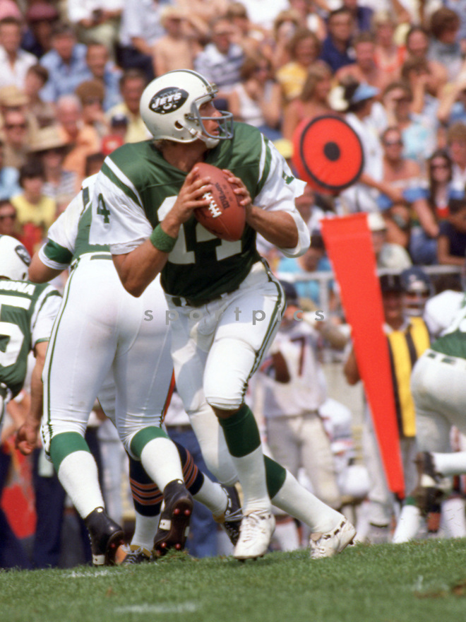 New York Jets Richard Todd (14) during a game from his 1977 season with the New York Jets . Richard Todd played for 10 years with 2 different teams.(SportPics)