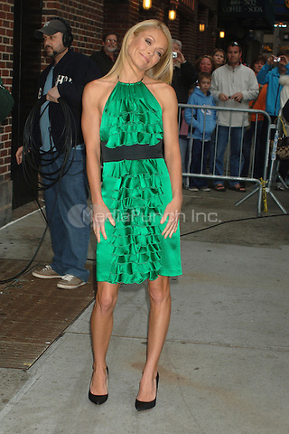 Kelly Ripa visits The Late Show with David Letterman at the Ed Sullivan Theater in New York City. April 14, 2009 Credit: Dennis Van Tine/MediaPunch