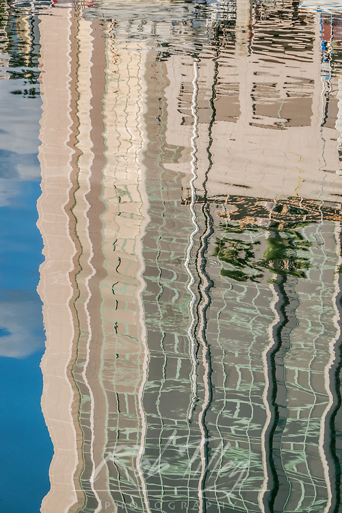 USA, HI, Honolulu, Ala Moana Marina, Marina Reflections