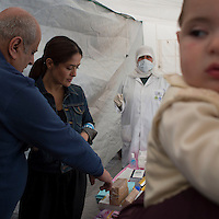 Salma Hayek visits Lebanon with UNICEF