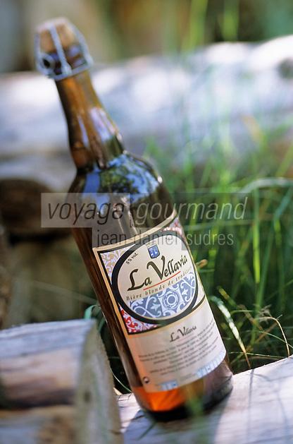 """Europe/France/Auvergne/43/Haute-Loire/Yssingeaux: """"La Vellavia"""" bière blonde du Velay produite avec de l'orge cultivé sur les plateaux du Velay"""