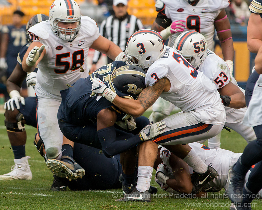 Virginia free safety Quin Blanding (3) makes a tackle. The Pitt Panthers defeated the Virginia Cavaliers 31-14 at Heinz Field, Pittsburgh, PA on October 28, 2017.