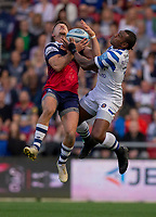 Bristol Bears' Luke Daniels and Bath Rugby's Semesa Rokoduguni compete for a high ball<br /> <br /> Photographer Bob Bradford/CameraSport<br /> <br /> Gallagher Premiership - Bristol Bears v Bath Rugby - Friday August 31st 2018 - Ashton Gate - Bristol<br /> <br /> World Copyright © 2018 CameraSport. All rights reserved. 43 Linden Ave. Countesthorpe. Leicester. England. LE8 5PG - Tel: +44 (0) 116 277 4147 - admin@camerasport.com - www.camerasport.com