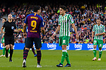 Luis Alberto Suarez Diaz of FC Barcelona argues with Marc Bartra Aregall of Real Betis during the La Liga 2018-19 match between FC Barcelona and Real Betis at Camp Nou, on November 11 2018 in Barcelona, Spain. Photo by Vicens Gimenez / Power Sport Images