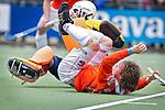 LAREN - Bloemendaal international Roel Bovendeert in aktie, zondag tijdens de hoofdklasse competitiewedstrijd mannen tussen Laren en Bloemendaal (1-4). COPYRIGHT KOEN SUYK